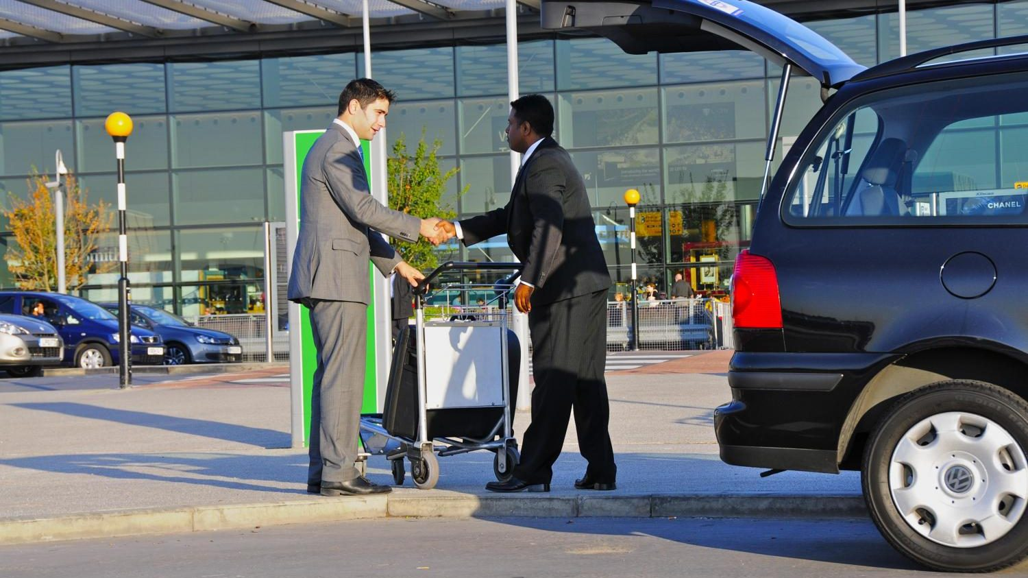 Holiday Extras, Airport Parking, Airport transfers